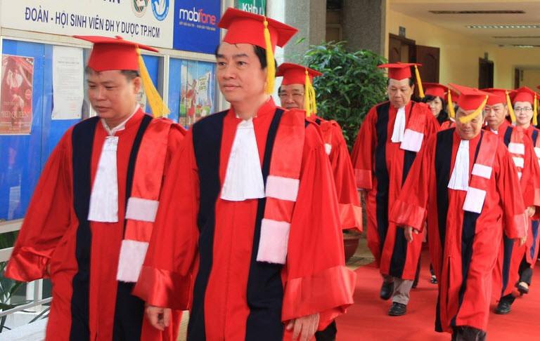 Hình ảnh lễ tốt nghiệp sau đại học tổ chức ngày 19/5/2017